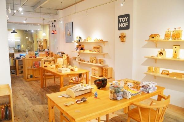 TOYHOF 神戸店