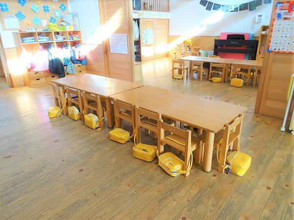 長方形テーブル保育用