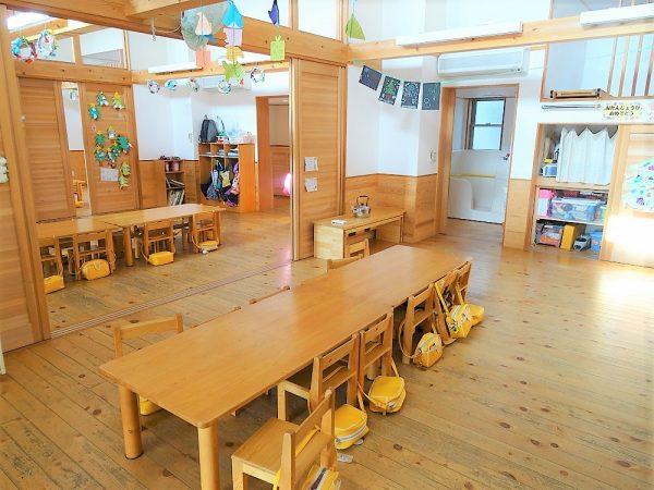 5歳児の長テーブル