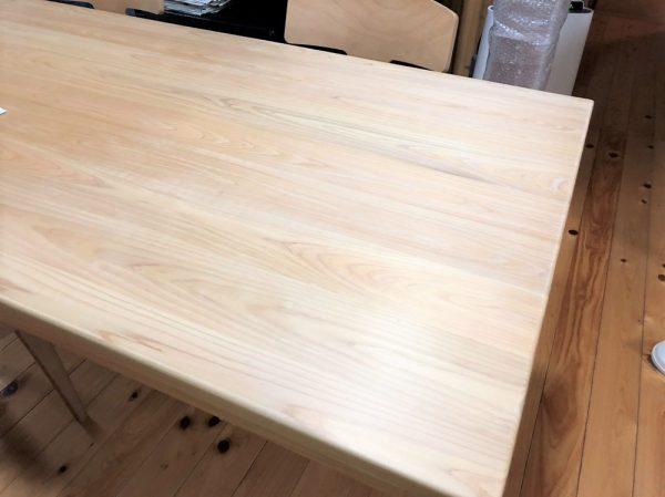 ひのきダイニングテーブル