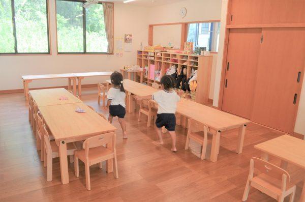 保育園用長方形テーブル