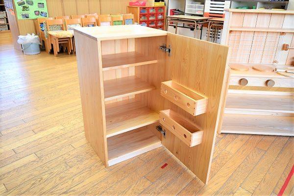 木製ままごと冷蔵庫