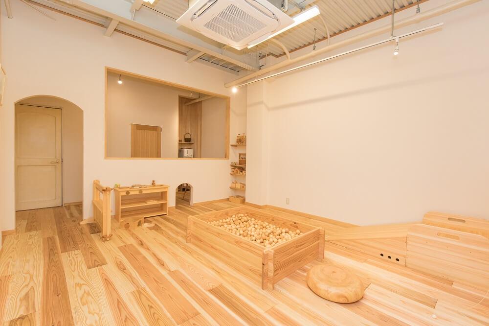 なかよしライブラリー木育プレイルーム