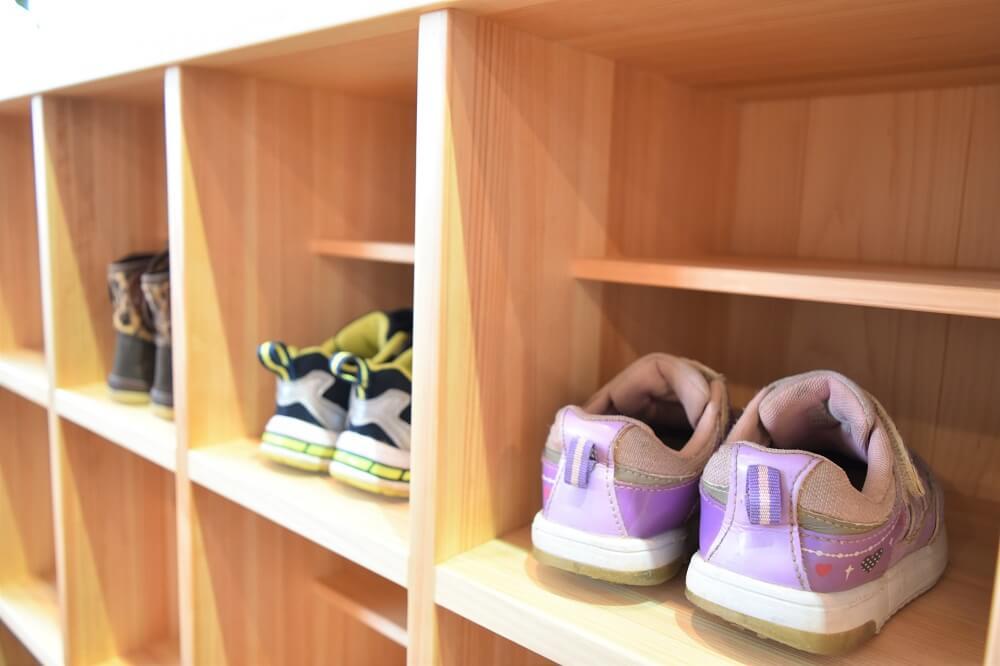 保育園靴箱