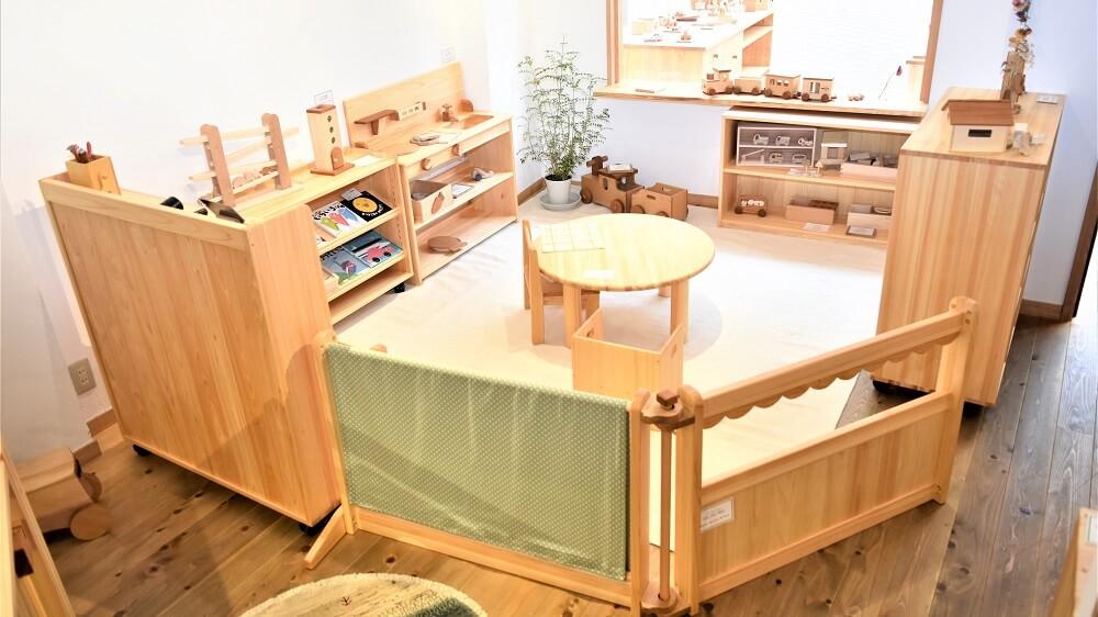 幼稚園家具